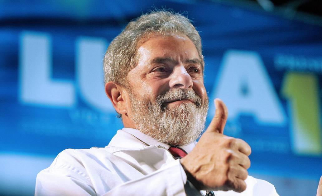 Lula desencarnou mas a mídia não…