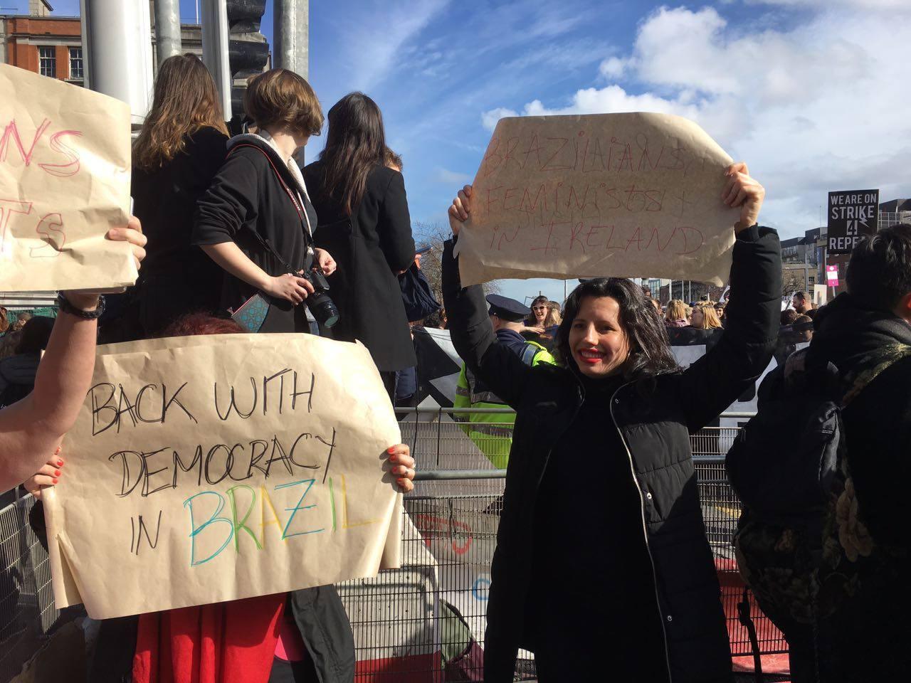 Mulheres Irlandesas lutando pelo direito de decidir
