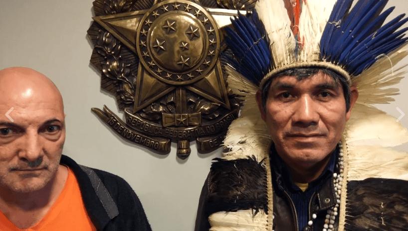 Pelos direitos das terras de seu povo, Cacique Ladio Veron visita a Europa