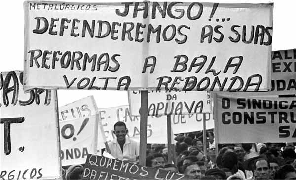 Comício da Central - em favor das reformas de base
