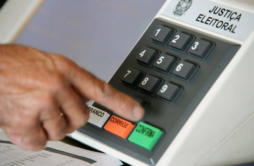 Pesquisa Eleitoral: É fraude ou funciona ?