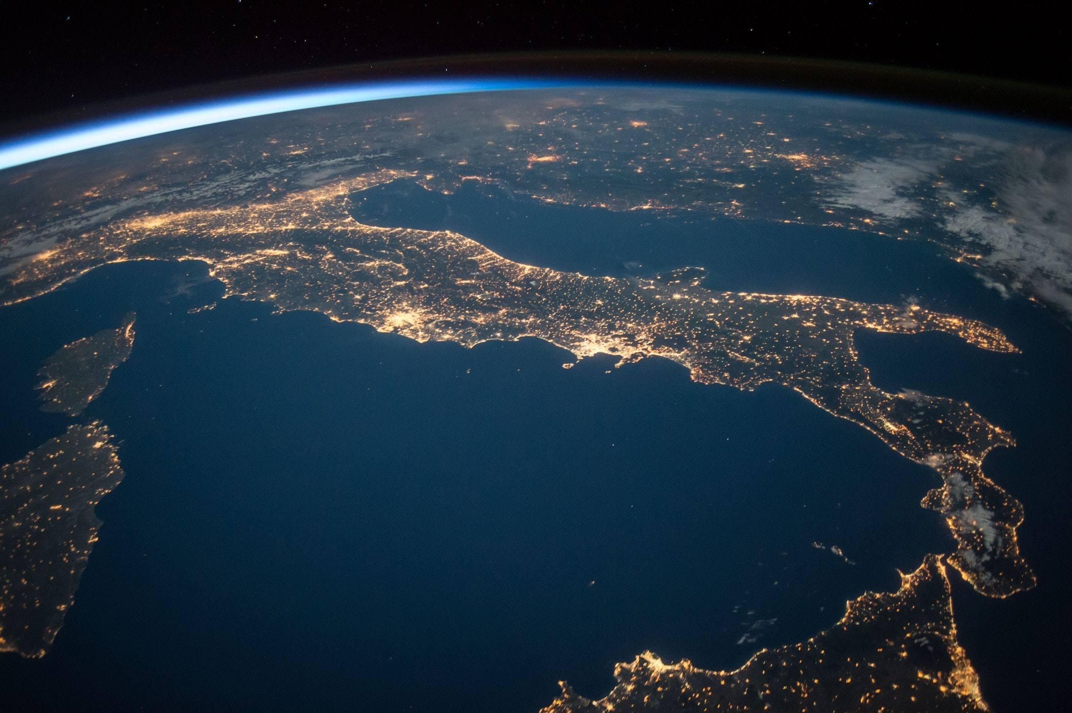 Brasil precisa aumentar participação em grandes projetos de colaboração internacional em ciência