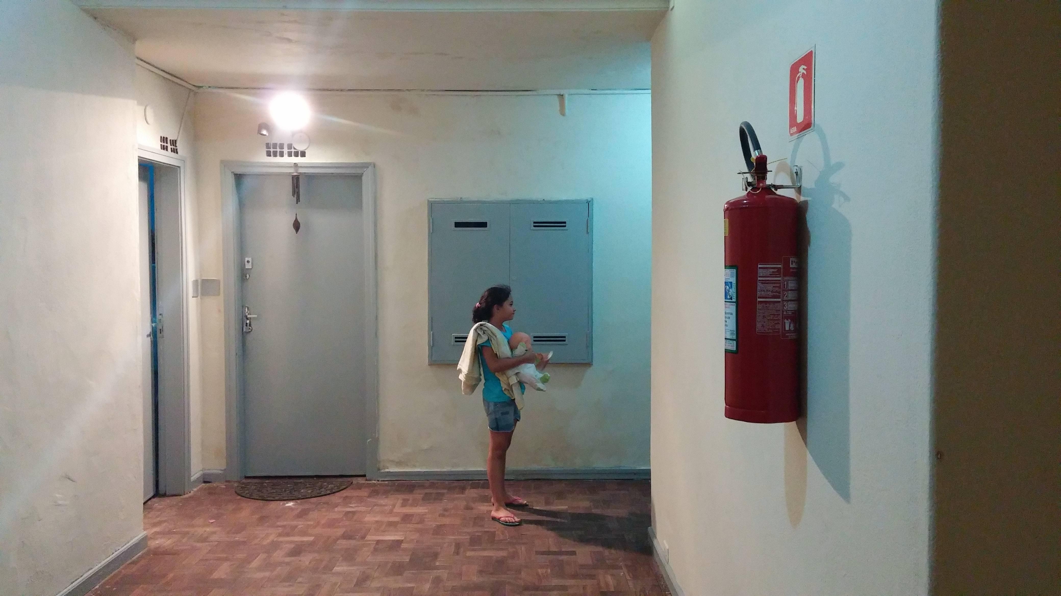 Todos os andares contam com 2 extintores de incêndio no MSTC